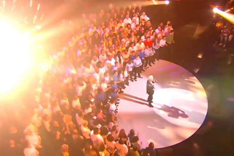 """""""300 Chœurs"""" : l'émission consacrée à Joe Dassin est reprogrammée vendredi 16 octobre sur France 3"""