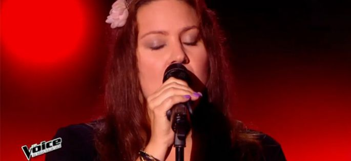 "Replay ""The Voice"" : Eugénie O'Mey interprète « Rumor Has It » de Adèle (vidéo)"