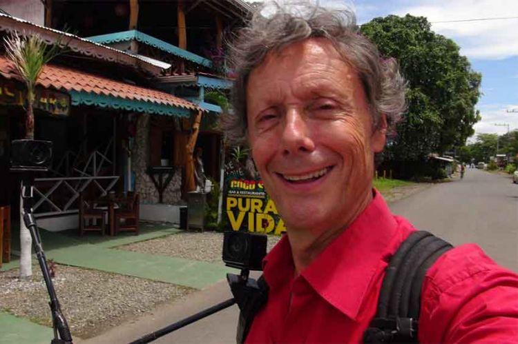 """""""J'irai dormir chez vous"""" au Costa Rica, vendredi 8 octobre sur RMC Découverte avec Antoine de Maximy"""