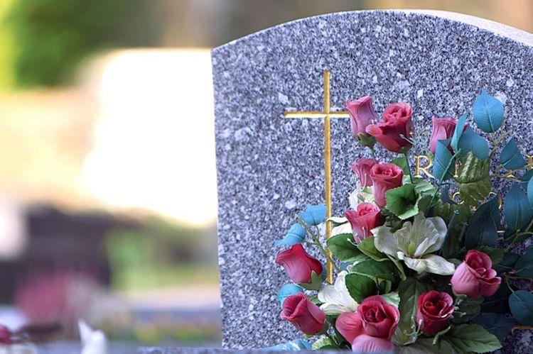 """""""Pièces à conviction"""" : enquête sur le business de la mort ce 22 janvier sur France 3"""