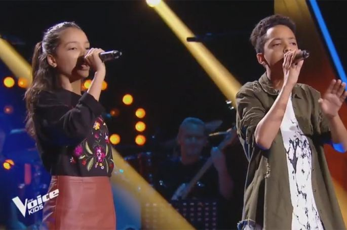 "Replay ""The Voice Kids"" : Camila & Zion Luna chantent « Chain to the rhythm » de Katy Perry (vidéo)"