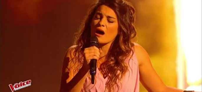 "Replay ""The Voice"" : Julia Paul chante « L'encre de tes yeux » de Francis Cabrel (vidéo)"