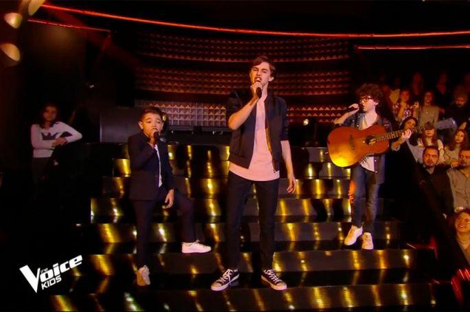 """""""The Voice Kids"""" : TF1 dévoile la Battle de Lissandro, Jeremy & Ferdinand sur « Les Playboys » de Jacques Dutronc (vidéo)"""