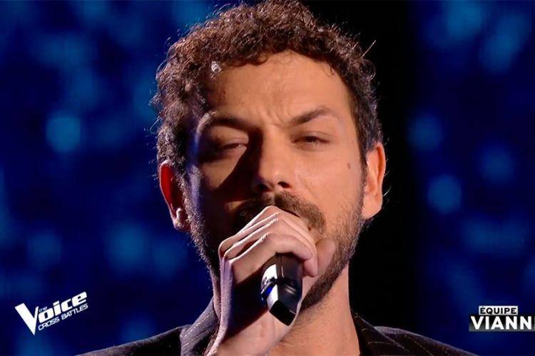 """Replay """"The Voice"""" : Angelo chante « Magnolias for ever » de Claude François (vidéo)"""