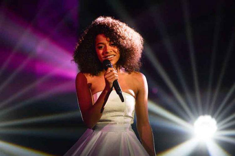 """""""The Voice"""" : Whitney gagne la saison 8 sur TF1, revoir toutes ses prestations (vidéo)"""