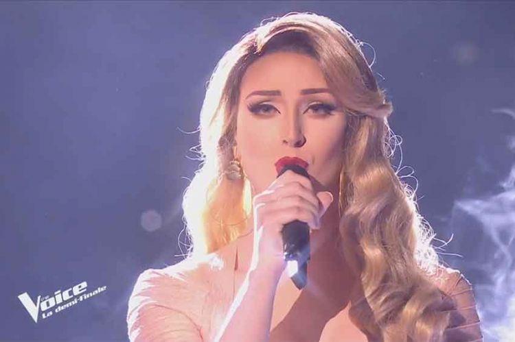 """Replay """"The Voice"""" : Léona Winter chante « Mourrir sur scène » de Dalida (vidéo)"""