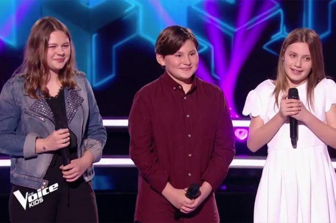 """Replay """"The Voice Kids"""" : battle Carla, Léna & Alexandre sur « Un homme debout » de Claudio Capéo (vidéo)"""