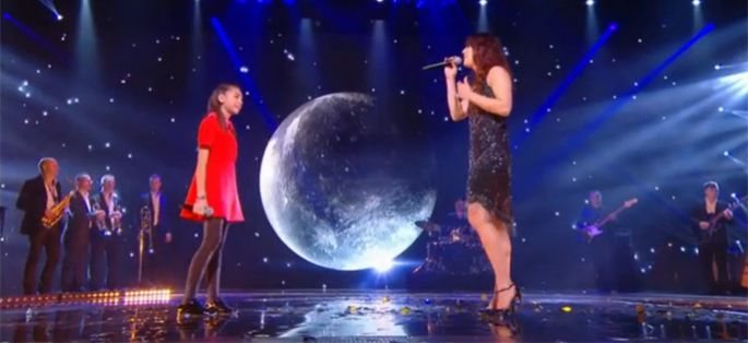 "Replay ""NRJ Music Awards"" : Zaz et Carla en duo chantent « Eblouie par la nuit » (vidéo)"