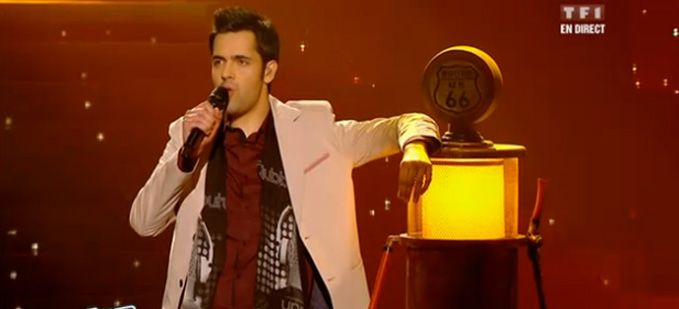 """The Voice"" : Yoann Fréget interprète « Calling You » de Jevetta Steele Vidéo Replay"