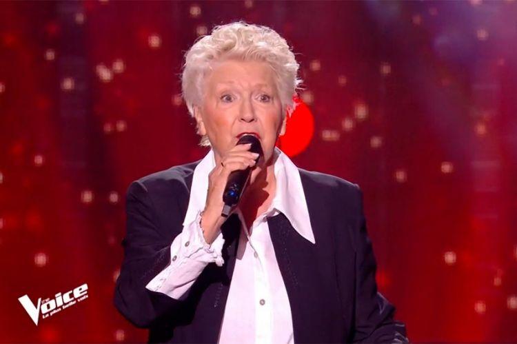 """""""The Voice"""" : A 77 ans, Sandrine chante « Histoire d'un amour » de Dalida (vidéo)"""