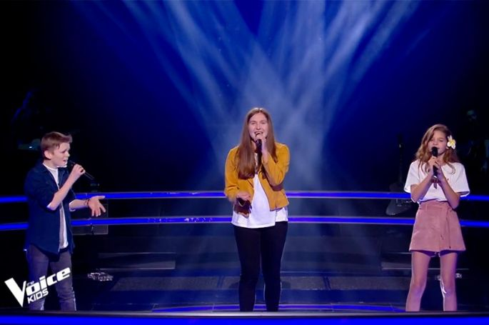 "Replay ""The Voice Kids"" : Noémie, Tess & Lohi chantent « Avant toi » de Vitaa & Slimane (vidéo)"