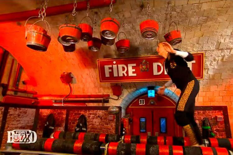 """""""Fort Boyard"""" : Agathe Lecaron en apprentie pompière, ce soir sur France 2 (vidéo)"""