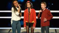 """Replay """"The Voice Kids"""" : battle Jane, Naomie et Théo sur « Vieillir avec toi » (vidéo)"""