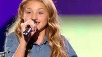 """Replay """"The Voice Kids"""" : Lou chante « Carmen » de Stromae en finale (vidéo)"""