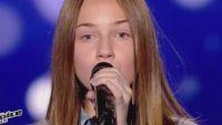 """Replay """"The Voice Kids"""" : Océane chante « Hijo de la luna » de Mecano (vidéo)"""