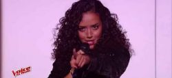 "Replay ""The Voice"" : Lucie chante  « New York, New York » de Franck Sinatra en finale (vidéo)"