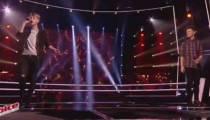 """Replay """"The Voice"""" : Battle Matthieu / Fabian « Aussi libre que moi » de Calogero (vidéo)"""